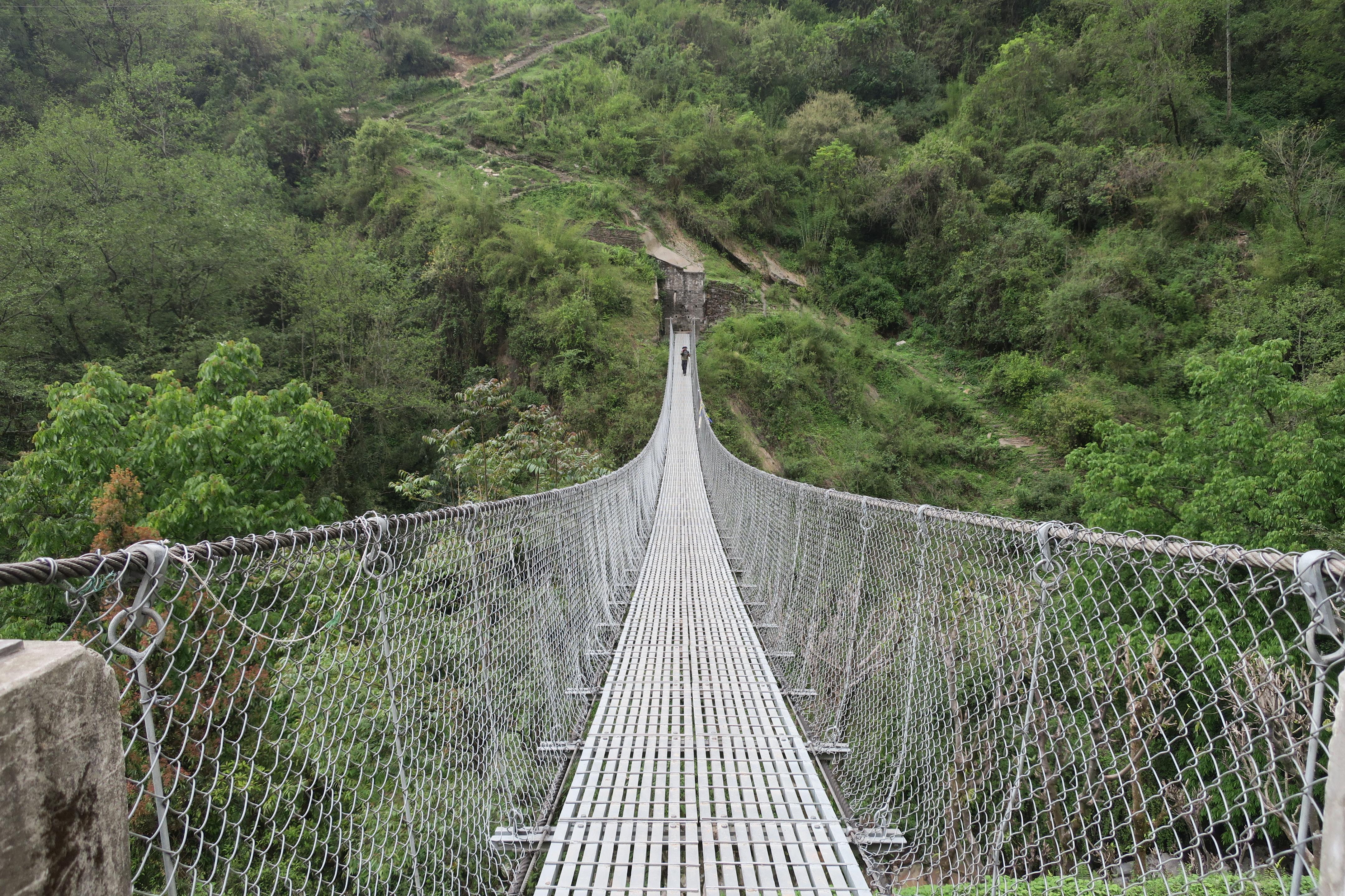 Jembatan di Chommrong, desa terbesar di Annapurna Basecamp Trek