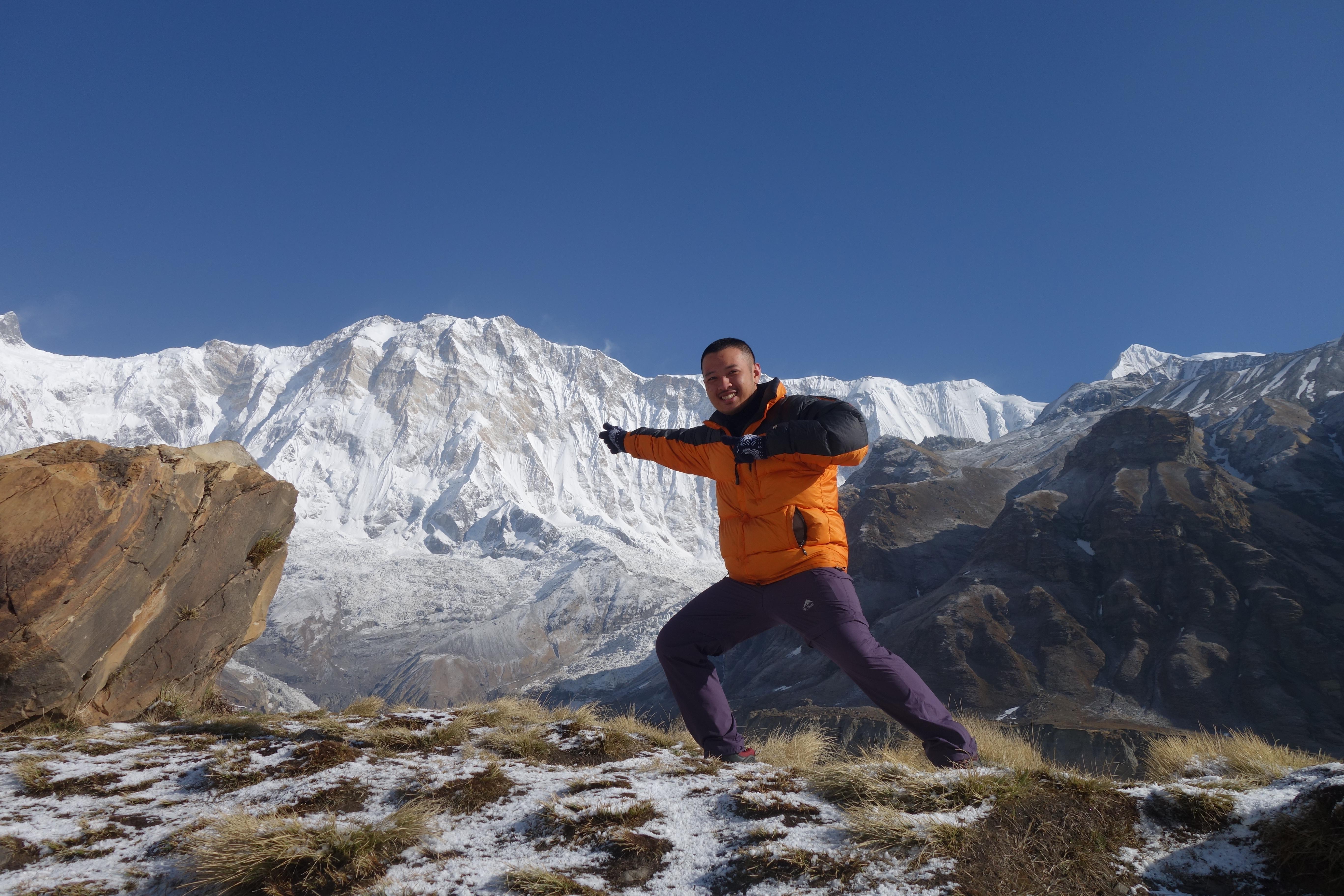 Menghadap Annapurna mountains